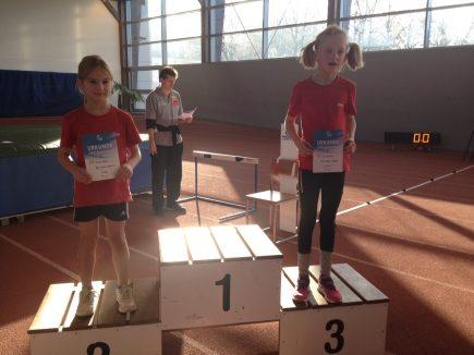 2.Platz-für-Luise-Möckel-und-3.-Platz-für-Nina-Kertscher-in-der-W7